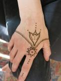 hayley henna hand